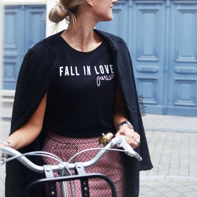 flip image iphone fall in t shirt 2 colors fashionroom gr 10619