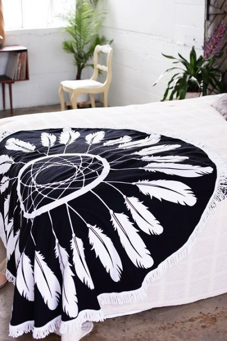 FEATHERS ROUND TOWEL