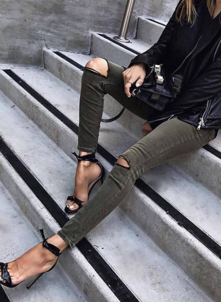 OLIVE CUT KNEES JEANS