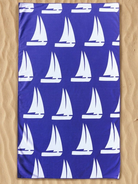 WHITE BOAT BEACH TOWEL