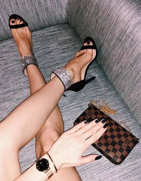 BLACK AND STRASS GLAM SANDALS