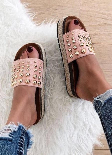 PINK STUDDED SLIPPERS