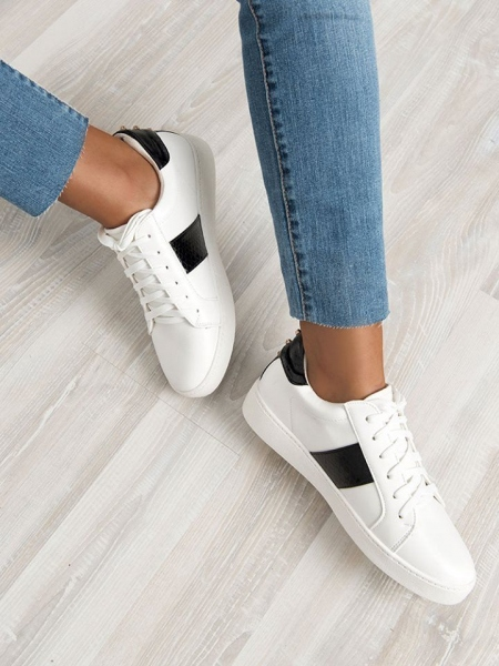 HILARY WHITE SNEAKERS