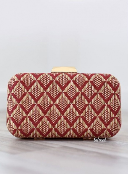 MAROON MAT CLUTCH BAG 01