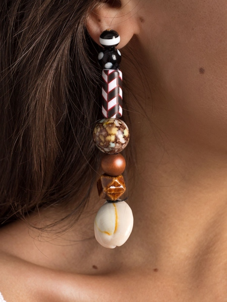 SANDALWOOD LONG EARRINGS