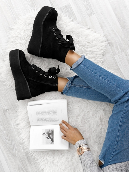 MARVIN BLACK FLATFORM BOOTIES