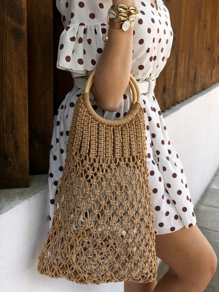 HAPPY CAMEL KNITTED HANDBAG