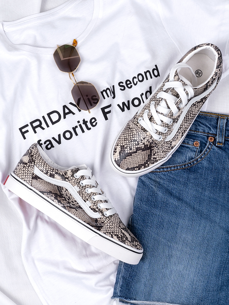 https://www.fashionroom.gr/34137-home_default/hans-snakeprint-sneakers.jpg