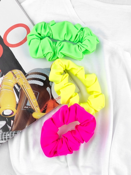 NEON SCRUNCHIES (2 COLORS)