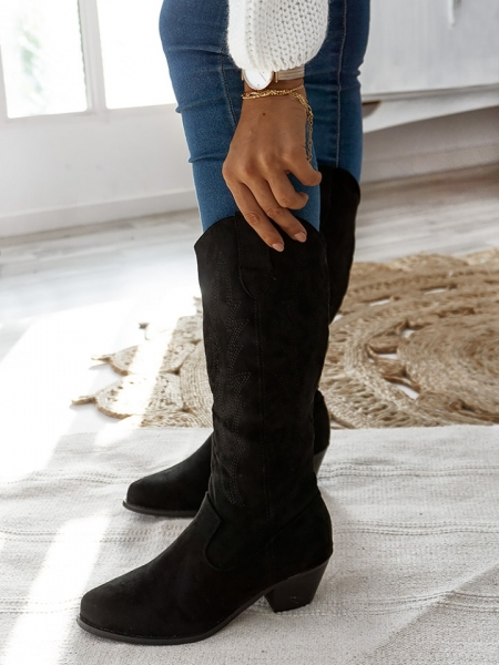 VIRGIN BLACK COWBOY BOOTS