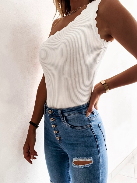 JANET WHITE RIPPED TOP