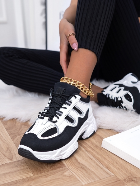 AUTUMN BLACK & WHITE SNEAKERS