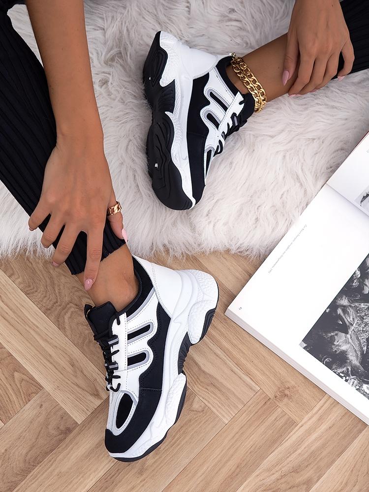 AUTUMN BLACK & WHITE SNEAKERS
