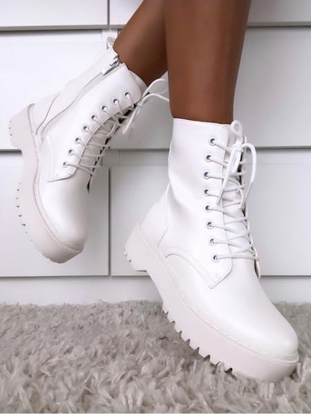 MARTINA WHITE BOOTIES