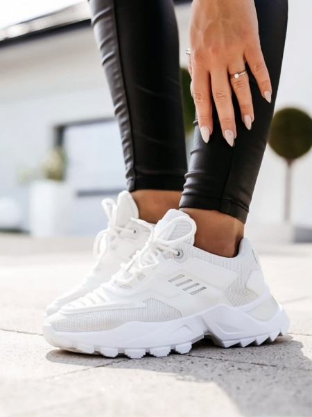 VALENCIA WHITE SNEAKERS