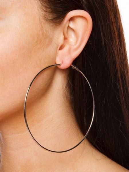 SLIM HOOP EARRINGS (2 Colors)
