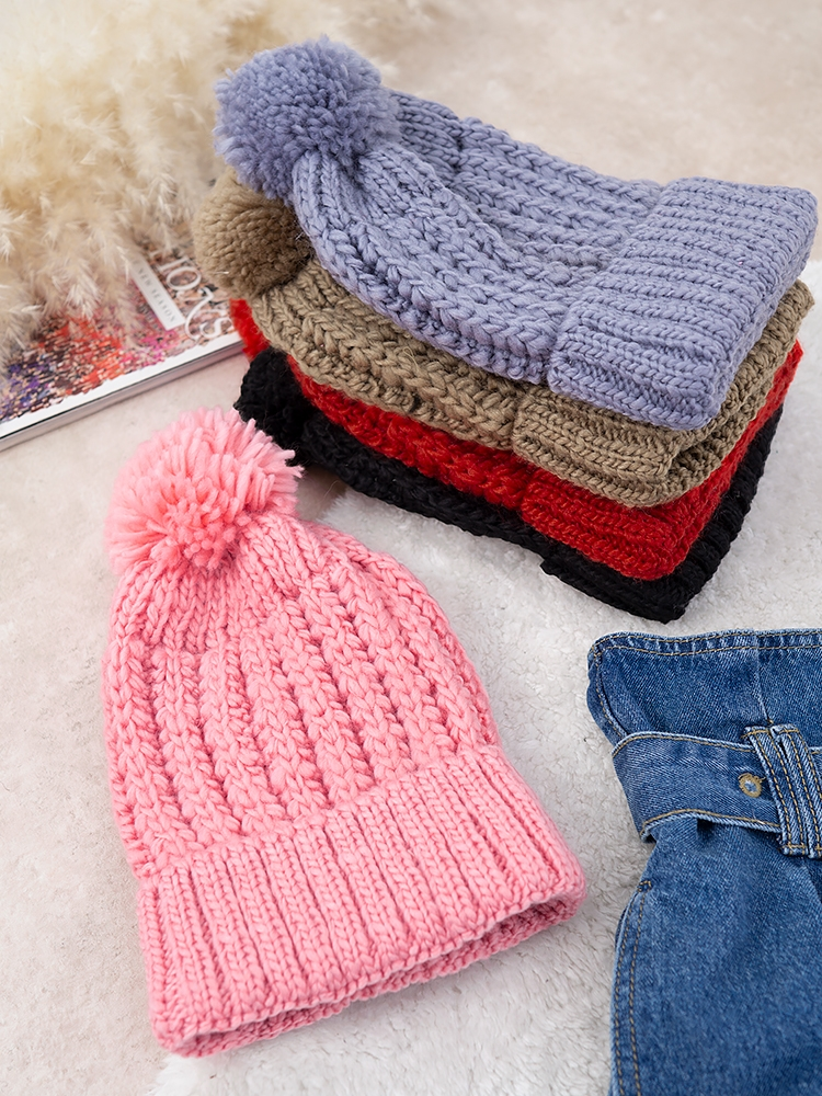 FALL POM POM BEANIE COLORS