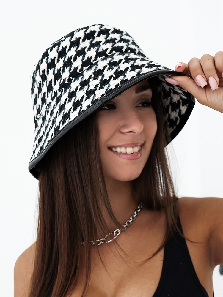 PIE DE COQUE BUCKET HAT