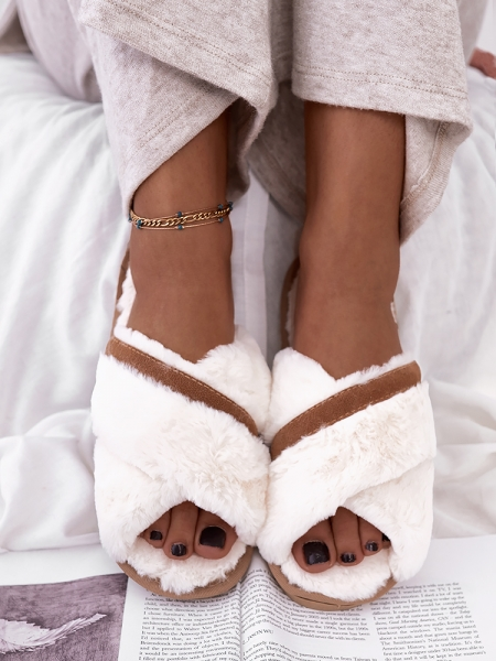 MARIEN WHITE SLIPPERS