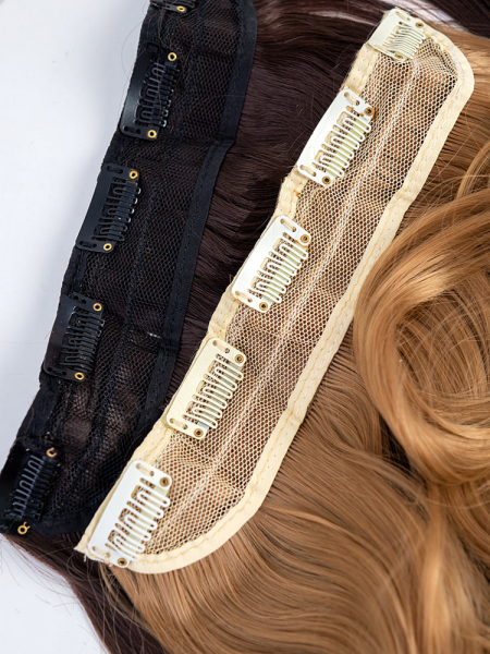 HAIR EXTENSIONS WITH CLIPS