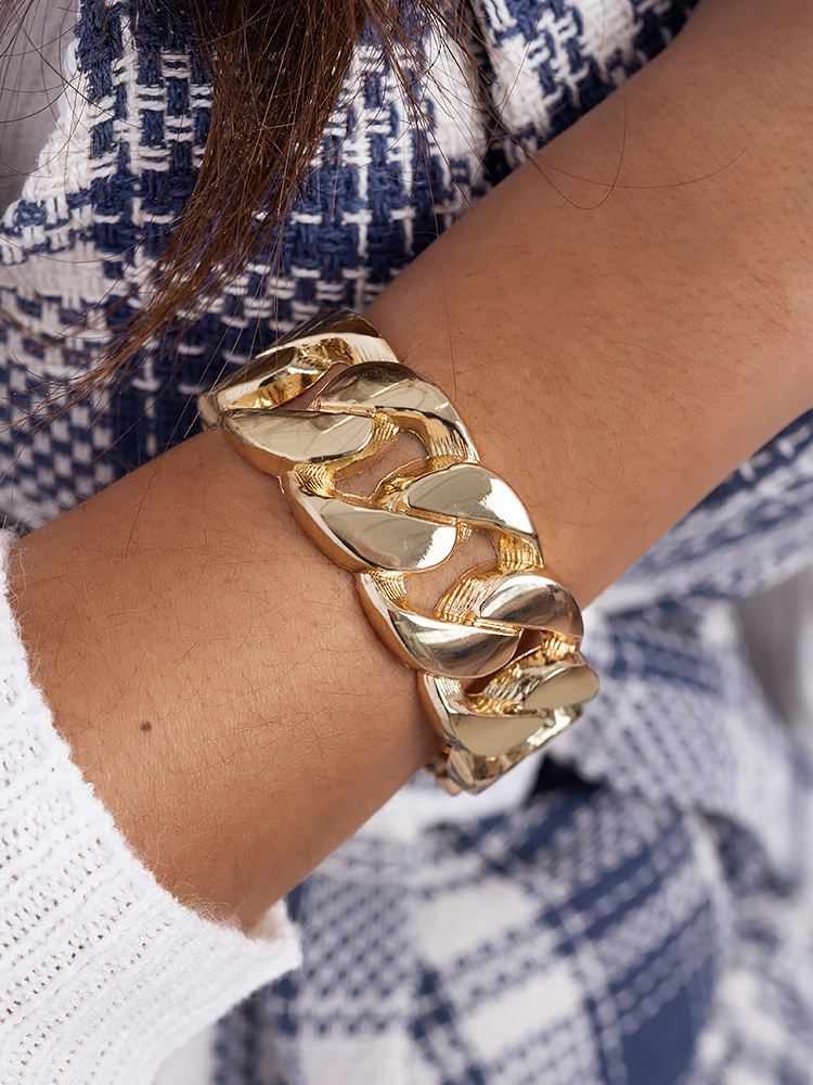 BIG GOLD CHAIN BRACELET