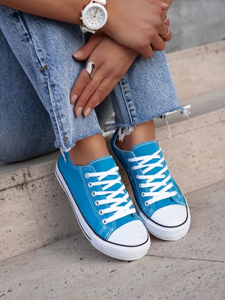 SUPER BLUE SNEAKERS