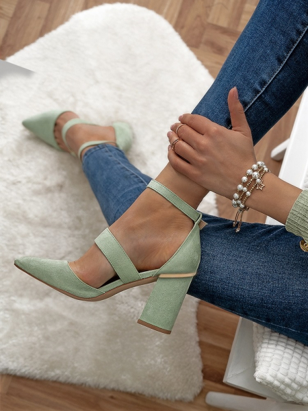 GRACE MINT PUMPS WITH GOLD DETAILS
