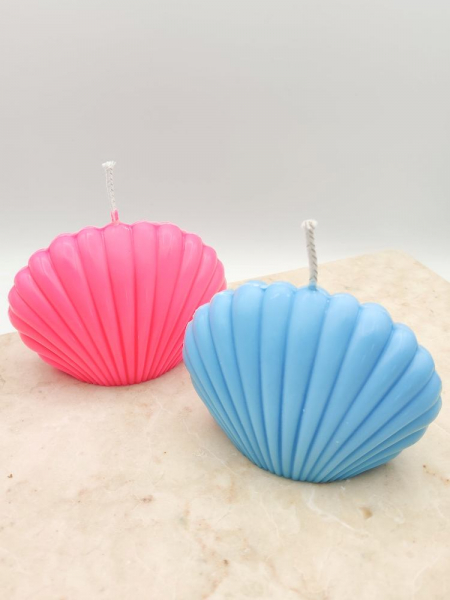 SCALLOP SHELL CANDLE