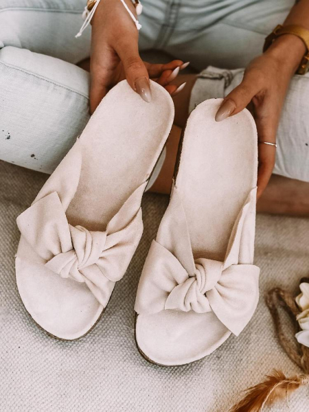 BEIGE SUEDE BOW SLIPPERS